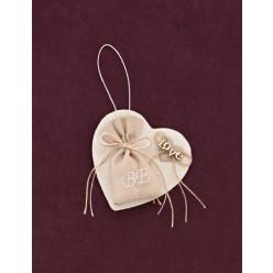 Μπομπονιέρα Γάμου Καρδιά-Κάδρο με Κεντημένα Αρχικά σε Πουγκί