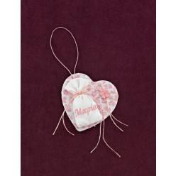 Μπομπονιέρα Βάπτισης Φλοράλ Καρδιά-Κάδρο με Πουγκί Λευκό και Ροζ Κέντημα