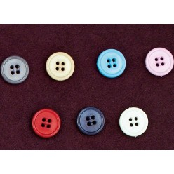 Μεγάλα Κουμπιά με Τέσσερις Τρύπες