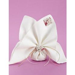 Μπομπονιέρα Γάμου Μαντήλι Πικέ με Floral Διακοσμητικά
