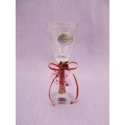 Στολισμένο ποτήρι κρασιού με επάργυρο διακοσμητικό