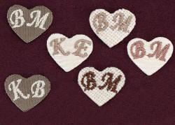 Διακοσμητική Καρδιά με Κεντημένα Μονογράμματα