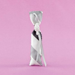 Πουγκί Σεβρόν με Ακρυλικό Περιστέρι για Μπομπονιέρα Γάμου