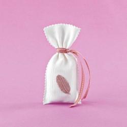 Πουγκί Πικέ με Διακοσμητικό Ακρυλικό Φύλλο για Μπομπονιέρα Γάμου