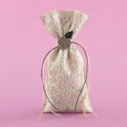 Πουγκί με Δαντέλα και Πλεκτό Λουλουδάκι για Μπομπονιέρα Γάμου