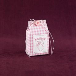 Μπομπονιέρα Βάπτισης Κουτί Γάλα Ροζ Καρώ με Όνομα