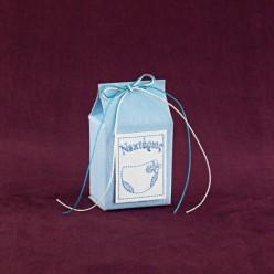 Μπομπονιέρα Βάπτισης Κουτί Γάλα Σιέλ με Κεντημένο Όνομα