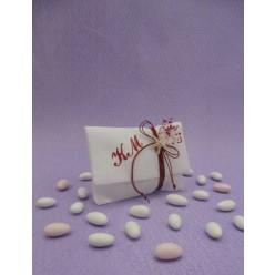 Μπομπονιέρα Γάμου Φάκελος με Κεντημένα Μονογράμματα