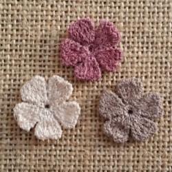 Πλεκτά Χρωματιστά Λουλουδάκια Νο3